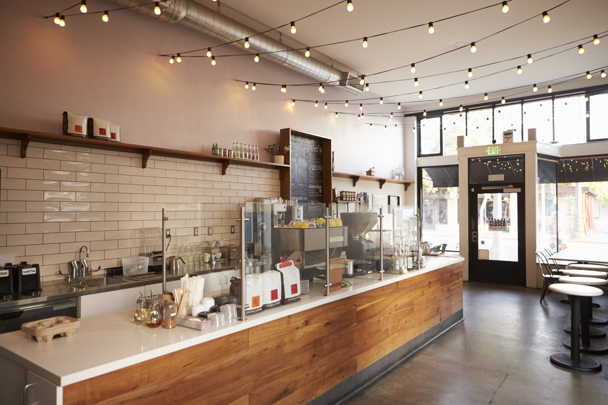 Empty-CafeBar